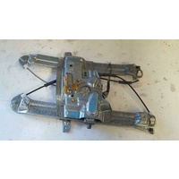 Mitsubishi 380 DB Right Front Window Regulator 09/2005-03/2008