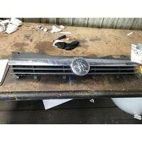Holden Astra AH Grille 1.8 CDX Chrome Mould Type 05/2006-08/2009