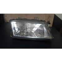 Saab 9 3 Convertible Right Head Light 1998-2002
