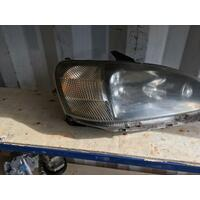 Daihatsu YRV Wagon Right Head Lamp Genuine 07/2001-06/2004