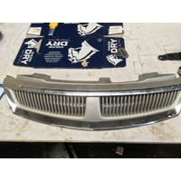 Holden Commodore VX Berlina Grille Grey Genuine 08/2001-09/2002