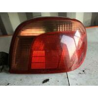 Toyota Echo Right Tail Light NCP13 03/2001-09/2002