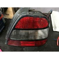 Daewoo Leganza Right Tail Light 08/97-08/02