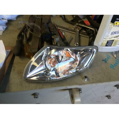 Mazda 626 GF Left Corner Light 11/1999-08/2002