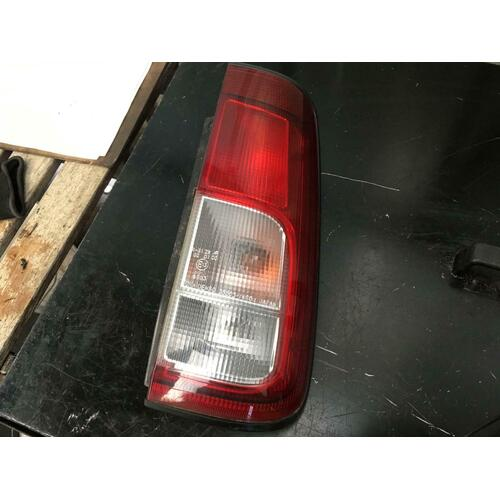 Suzuki Ignis 5DR Hatch Right Tail Light In Body 11/2000-01/2005