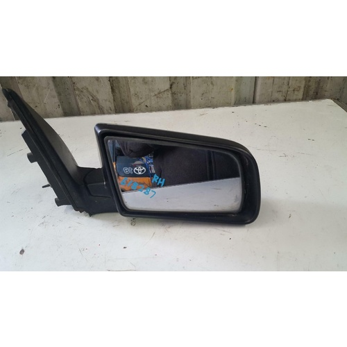 Holden Commodore VY VZ Right Hand Mirror 10/2002-09/2007