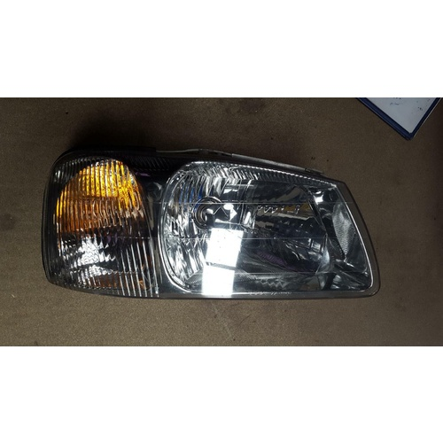Hyundai Accent LC Right Front Head Lamp Light 2000-2003
